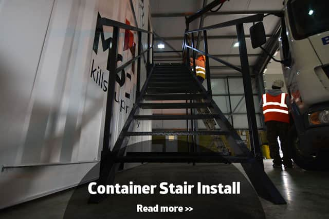 Container conversion with stairs