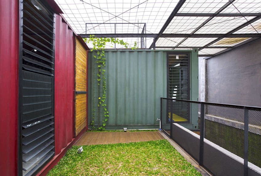 shipping container homes uk