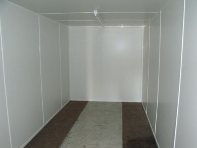 Lined shipping / storage container